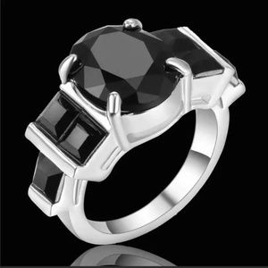 18K White Gold Filled Ring Size: 6 Jewelry